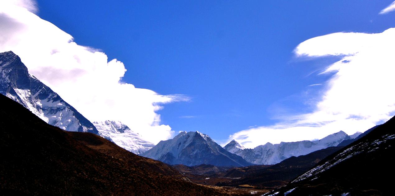 Abadablam-Trekking