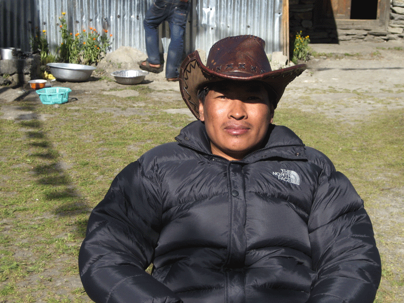 manaslu local guide