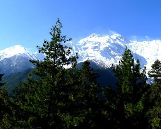 Monsoon trekking Nepal