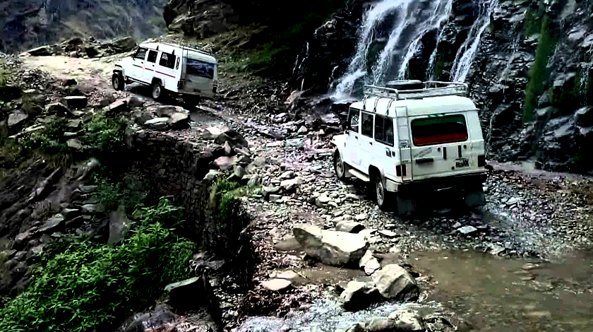 Jeep tour to Chame Manang