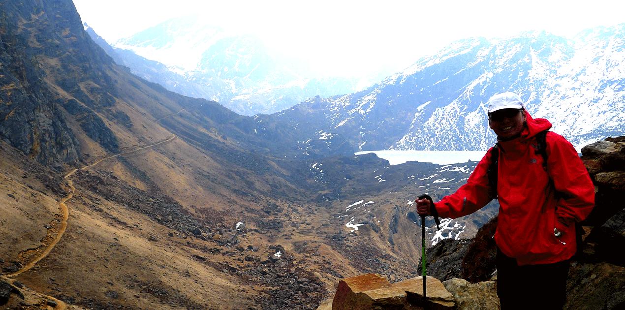 Langtang trekking porter guide