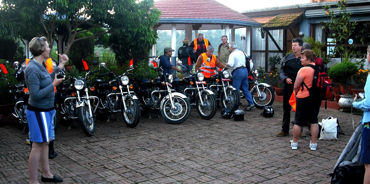 Motorbike Tour To Manang