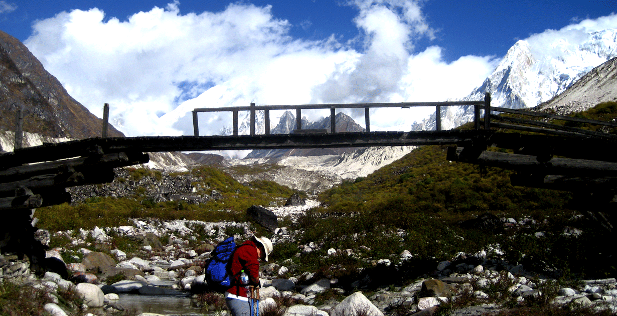 Bimthang Trek, Wooden bridge,