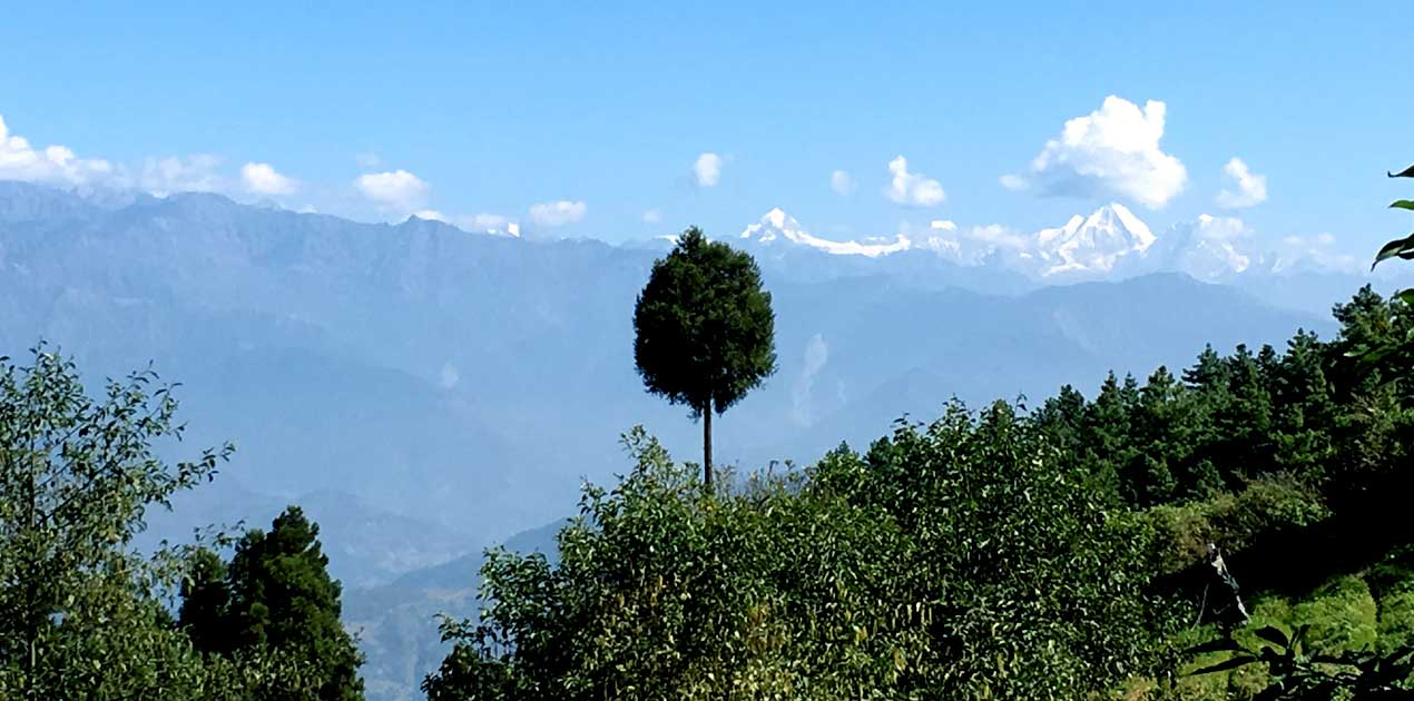 Langtang himal scenery from kakani