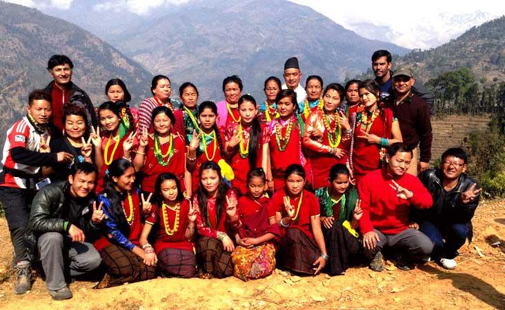 Volunteer-trekking-tour-